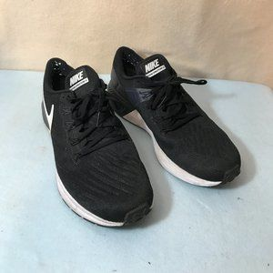 Nike Zoom Structure 22 Running Shoe